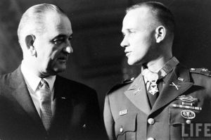 MOH recipient Captain Donlon with President Johnson