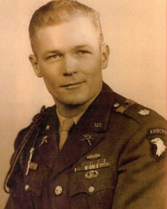 Maj Winters did not wear all ribbons and medals he was entitled to wear but note the DSC and BSM are worn